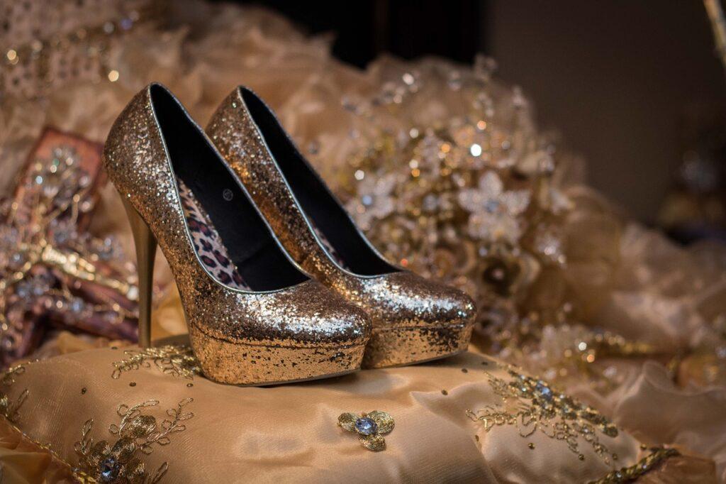 Cara Bisnis Sepatu Online